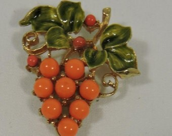 Brooch Coral Colored Grapes Leaves Vintage