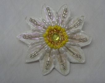 White Blossom - Pin