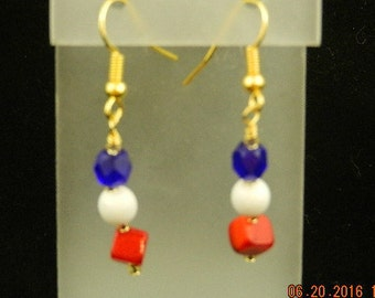Red, white and blue, July 4th dangle earrings