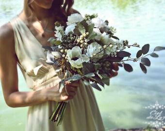 Winter Wedding Bouquet, White Bridal Bouquet, Rustic Wedding Bouquet, Succulent Wedding Bouquet
