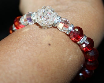 Shiny red & white beaded handmade bracelet; beadweaving, shamballa, red, white