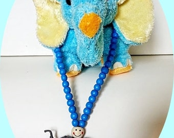 Kids Necklace with wooden Beads and Elephant plastic Animal Jewelry.kids Animal toy Necklace.Girls Accessories.Kids Jewelry.kids Necklace.