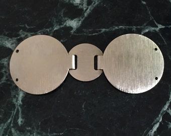 Vintage metal textured belt buckle