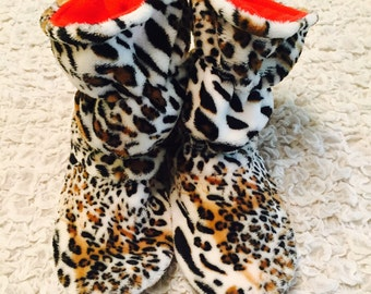 Womens slippers ,Home boots,House  slippers ,Socks brown  red  leopard,Velours,Warm slippers-