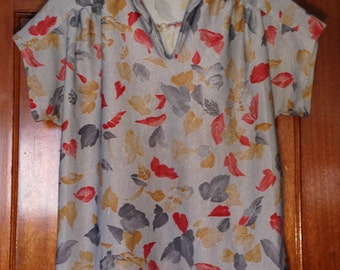 80s gray pinstripe shirt with leaf patterns sz S-M