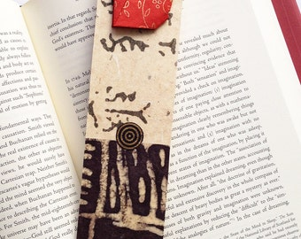 Lucky Cat Bookmark (red)