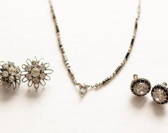 Vintage Delicate Rhinestone Necklace Set