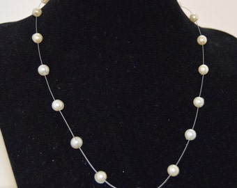 """Silver and Faux Pearl Necklace - 17"""""""