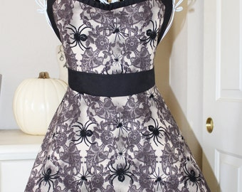 Vintage Inspired Spiders and Lace Halloween Apron (Sweetheart Neckline)