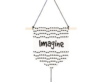 Banner / flag Imagine (white cotton and black triangles)