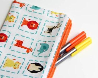Pencil case - Zipper pouch - animals - giraffe - lion - blue - red - yellow - toys - jewelry - pencils - handbag - gift - boy - toddler
