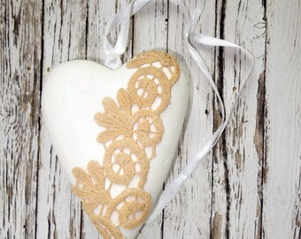 Wedding decoration white wood heart lace vintage look romantic shabby chic