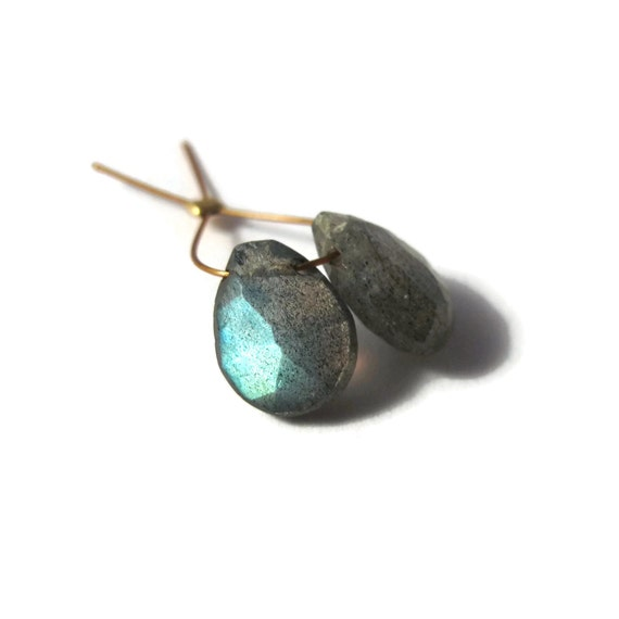 Two Lovely Labradorite Pears, Matching Stones, 11mm x 8mm, Flashy Labradorite Beads for Making Jewelry (Pt-Lab1)