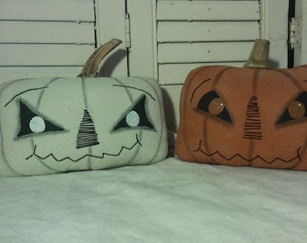 Pumpkin Pals PDF pattern- Primitive fall pattern - Easy Peasy 8x5 inches