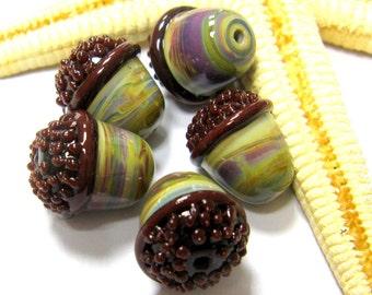 SMAUGGS handmade acorn bead (1p, 13mm x 14mm), glass, brown, beige, hole 2mm, SRA