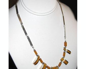 Vintage 1930s Art Deco Bakelite and Chrome Necklace