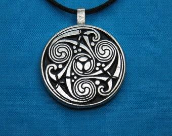 Large Circular Celtic Designed Pendant in Silver Pewter, Handmade, Handcast STK062