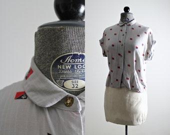 1940s Blouse • 40s Blouse • 1940s Top • Fleur de Lis Blouse • Coat of Arms Crest Print • Fleur De Lis Print • 40s Gray Shirt • Family Crest