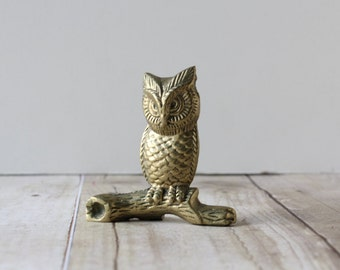 Small Brass Owl on Branch / Mini Gold Tone Bird Paperweight / Brass Bird Home Decor