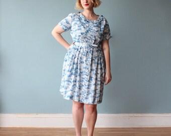 plus size dress / blue floral 50s plus size dress / 1950s / XL