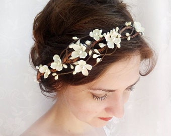 white flower crown, white flower headband, bridal hair vine, floral hair accessory, prom hair piece, floral headband, ivory flower crown #40