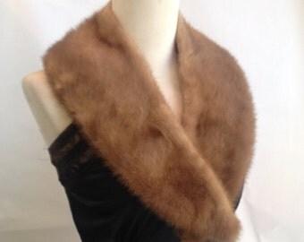 Fur Stole / Brown Fur  / Vintage Fur / Fifties / Forties