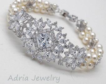 Crystal Bridal Bracelet, Crystal Wedding Bracelet, Vintage style Rhinestone Bracelet, Ivory Pearl Bridal Jewelry Swarovski Wedding Jewelry