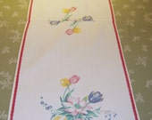 Vintage Wilendur Table Runner Tulips & Daisies