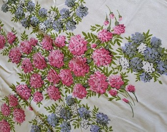 TCC010 ~ Vintage tablecloth Pinks and purples Floral print Craft fabric **CUTTER**