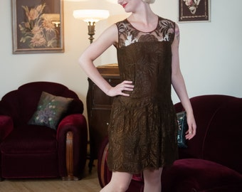 Vintage 1920s Dress - Stylish Brown Silk and Cutwork Floral Lace 20s Dress with Tiered Skirt and Drop Waisted Belt