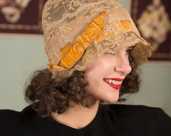 Vintage 1920s Hat - Intricate Ivory Lace Cloche with Golden Yellow and Metallic Trim