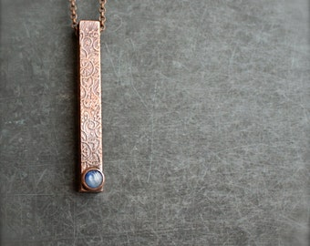 Blue Kyanite Bar Necklace - Gemstone Pendant, Etched Brown Copper, Dark Oxidized Patina, Metalwork Boho Jewellery