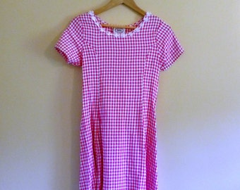 Vintage Gingham Grunge Mini with Crochet Daisies - Size Petite S