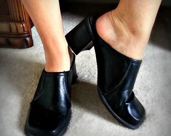 Vintage Black Leather Chunk Heel Grunge Mules - Size 9.5