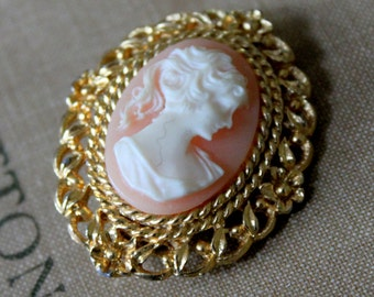 Vintage Brooch CAMEO Pink White Gold Tone