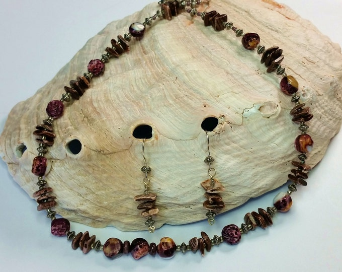 Purple Spiny Oyster and Shell Necklace and Earrings