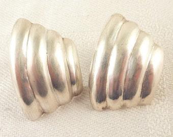 Handmade Vintage Sterling Concave Shell Shape Post Earrings