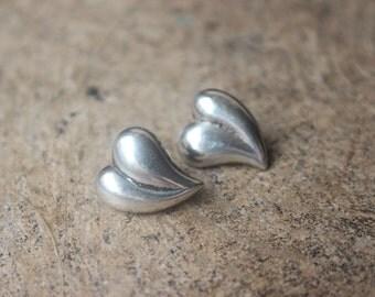 Heart EARRINGS / Sterling Silver Post Earrings / Vintage Heart Jewelry