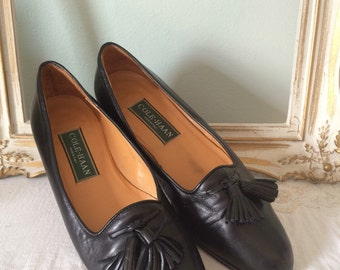 Vintage Cole Haan Tassel Loafers - Made in Italy, Narrow Size 7 // Black leather designer slip on 90s flats