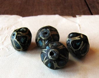 vintage tribal beads - resin bicones with brass and turquoise inlay - 8mm - lot of 4