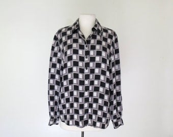 IN CHECK // graphic 90s silk button down blouse