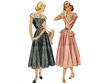 1940's Day Dress Pattern Detachable Peplum Belt Flared Skirt Square Neck Cap Sleeve Simplicity 2357 Bust 30 Vintage Sewing Pattern
