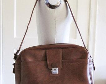 Vintage 60s 70s Brown Vinyl Mod Luggage Carry On Bag