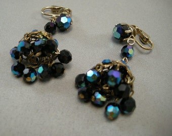 Mid Century Dangle Earrings, 1950s Blue Rhinestone Earrings  Aurorora Boreolis AB Dangle Cluster fashion Earrings