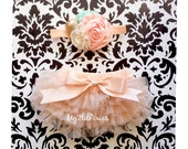 Bloomers and Headband- Baby girl HEADBAND and Ruffle Bum Baby Bloomer, Girl bloomer, newborn bloomers, cake smash, diaper cover, photo prop