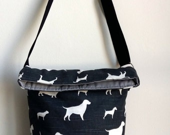 Messenger bag in black with dogs
