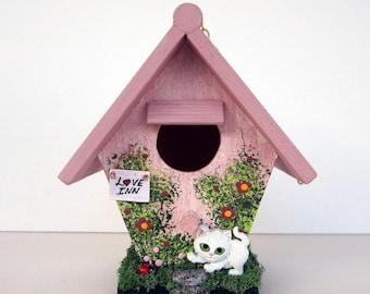 Love Inn Mini Birdhouse