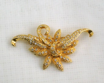 Napier Brooch Pin Vintage 70s Costume Jewelry White Rhinestone Flower and Ribbon