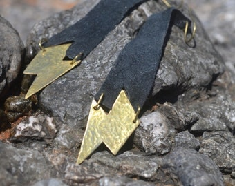 Lightning bolt brass earrings with leather