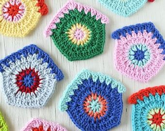 PDF Pattern - Finch Cottage Crochet Pattern, Birdhouse Crochet Pattern, Crochet Bunting Pattern